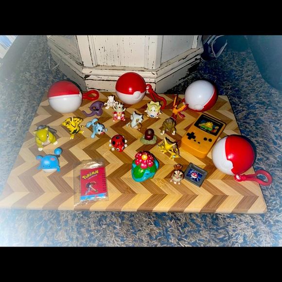 Pokémon Toy Lot